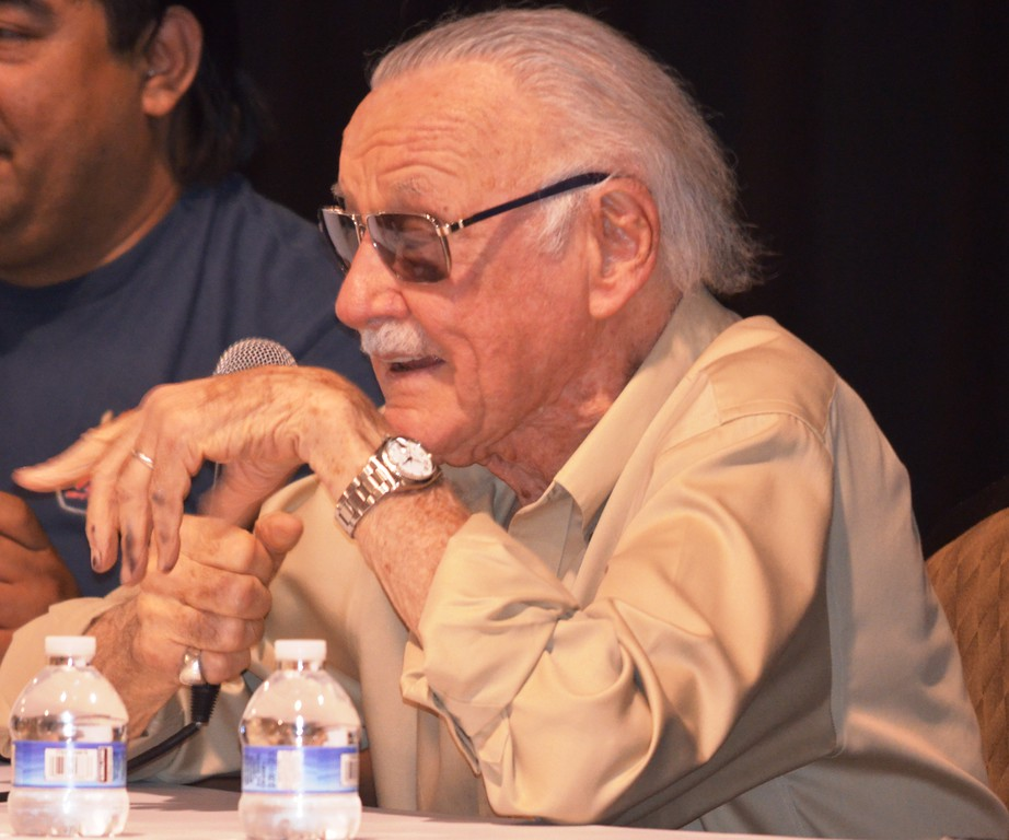 Description of . Legendary comic book writer Stan Lee addresses about 1,000 people that assembled to see him during a panel discussion Saturday at the Motor City Comic Con. (Photo by Dave Herndon.)