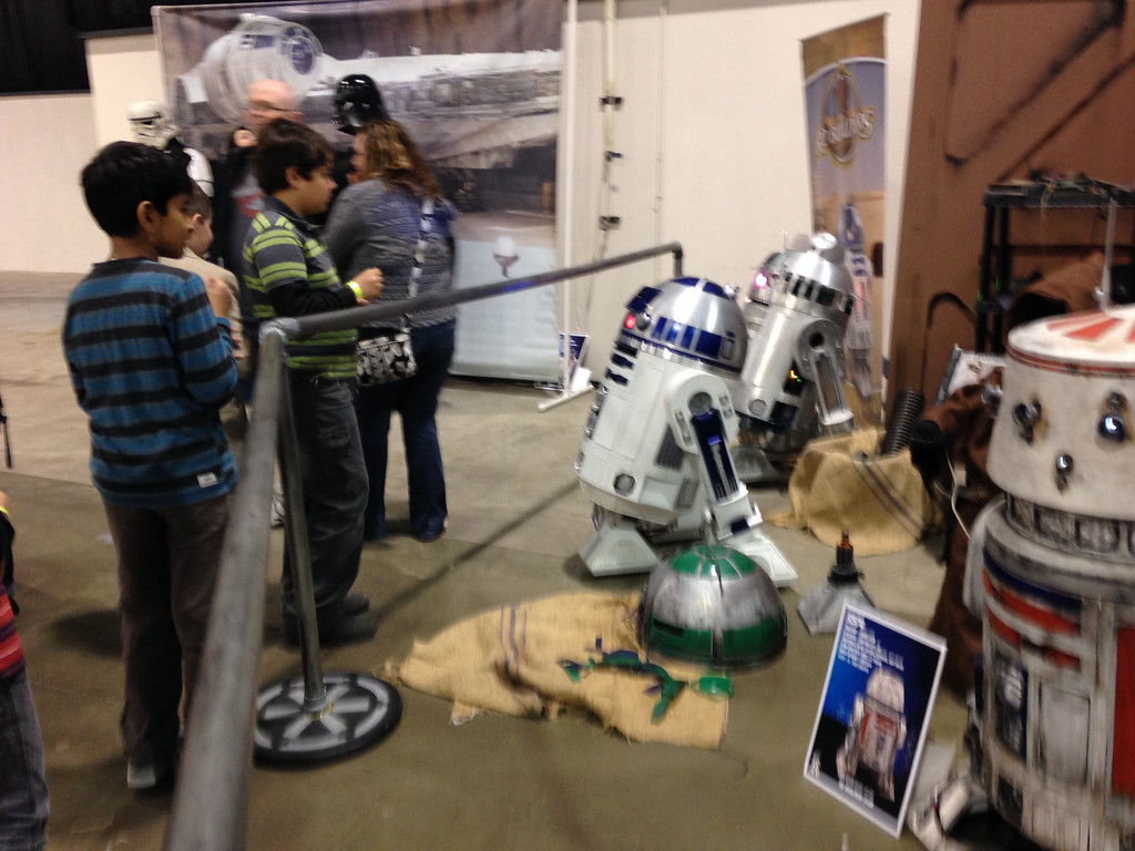 . Everyone loves Droids at 2014 Motor City Comic Con. Photo by David Komer